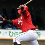 會澤が『強打の捕手』をアピール!2安打2打点「積極的にいけた」