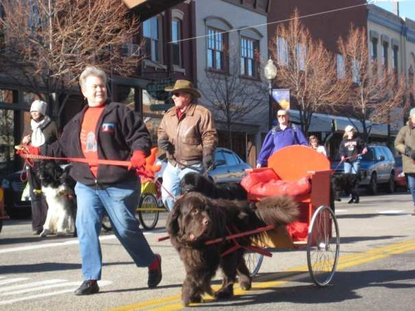 Olde Golden Christmas Parade
