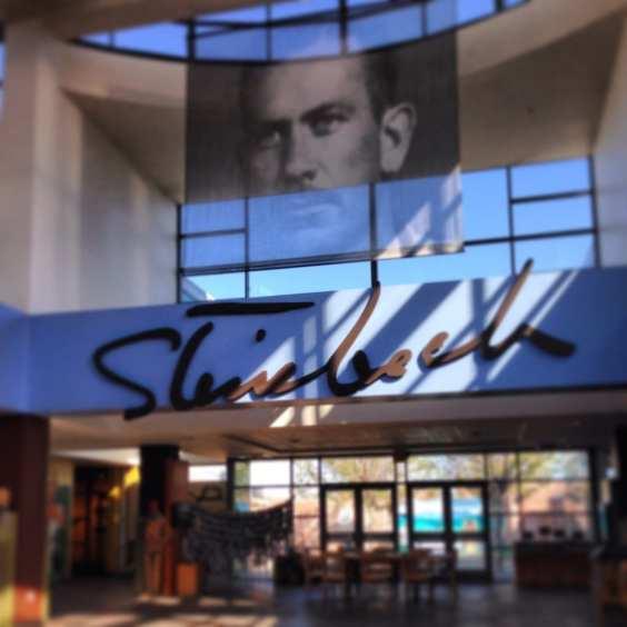SteinbeckCenter_Entrance