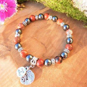 bracelet femme jaspe rouge et hématite et breloque arbre de vie