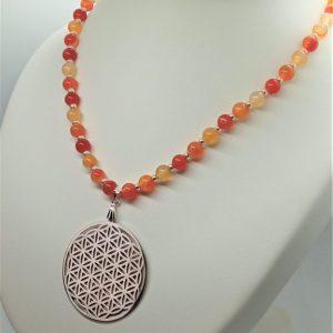 collier cornaline femme courage protection confiance énergie fleur de vie orange