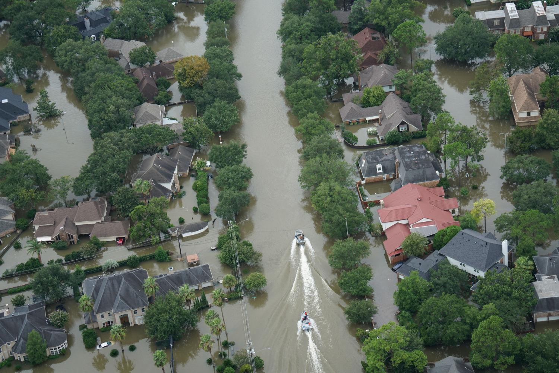 Water restoration clean up in Houston
