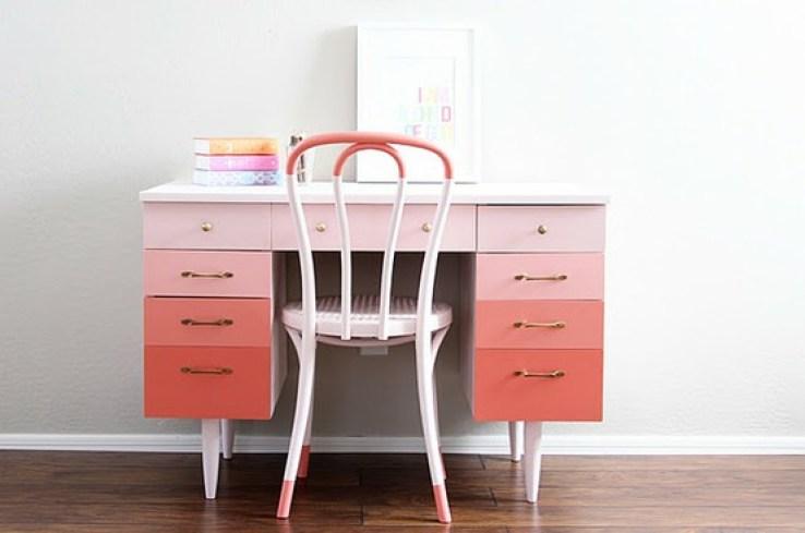 pink-desk