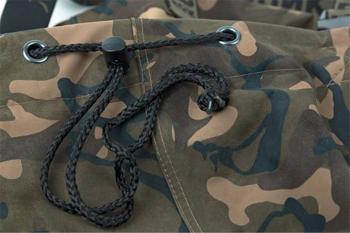 Best Chest Waders for Carp Fishing (A Top 6 Wader List)