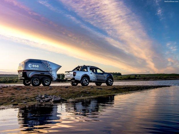 2018 Nissan Navara Dark Sky Concept
