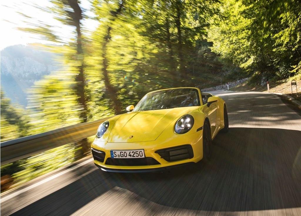 2022 Porsche 911 Carrera GTS Cabriolet