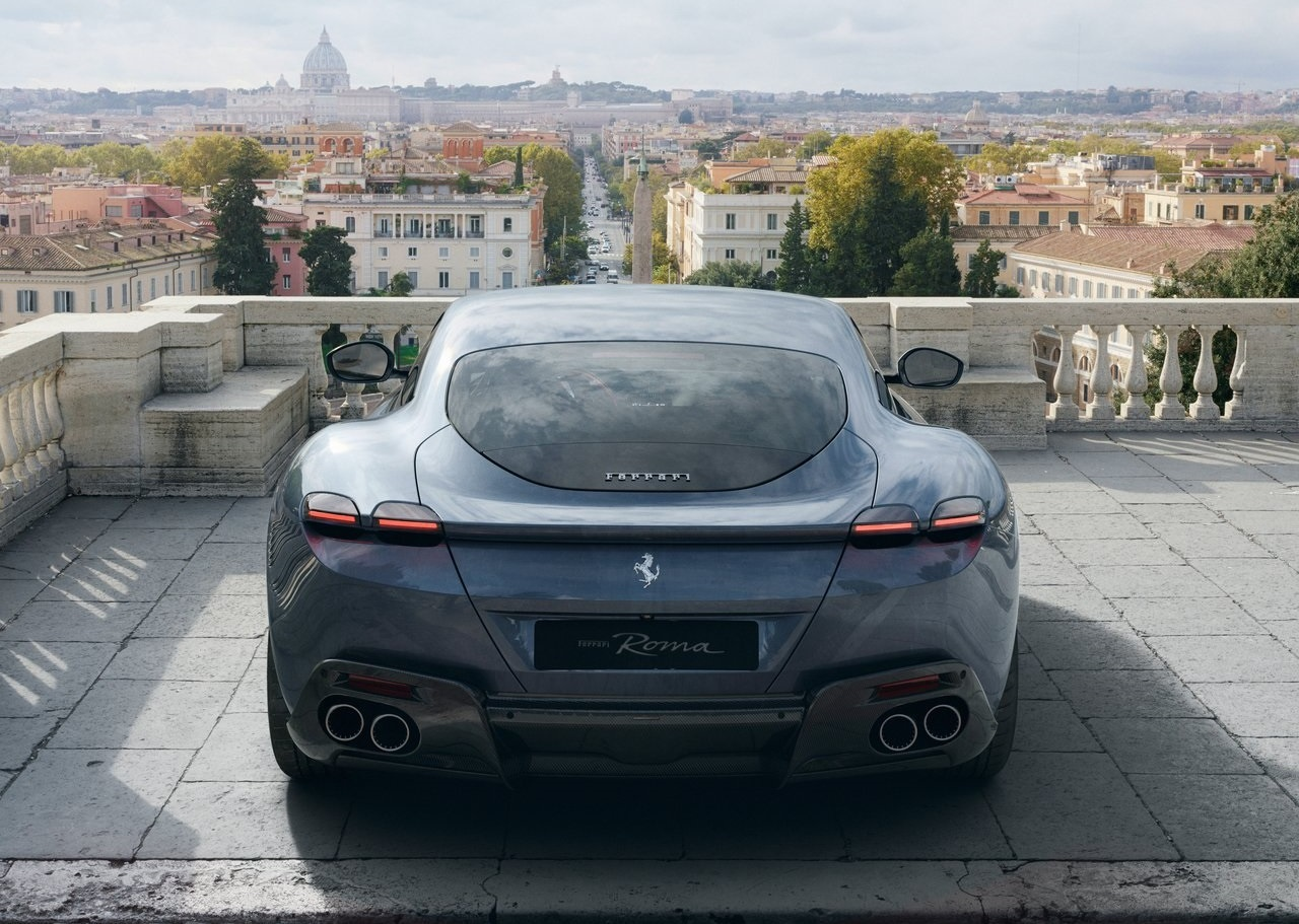 2022 Ferrari Roma