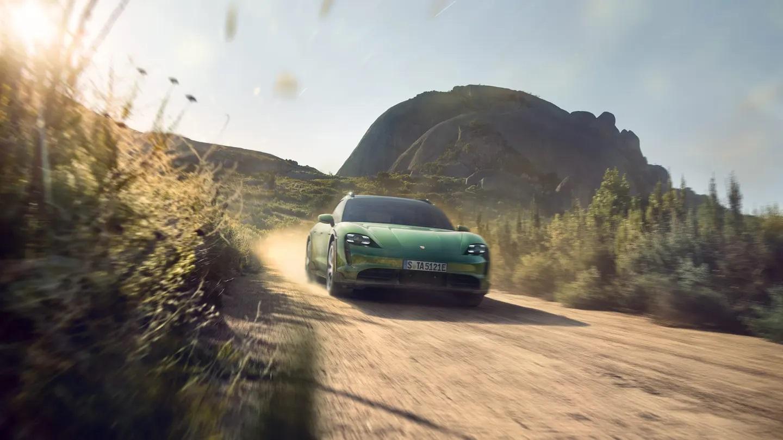 2022 Porsche Taycan Turbo S Cross Turismo