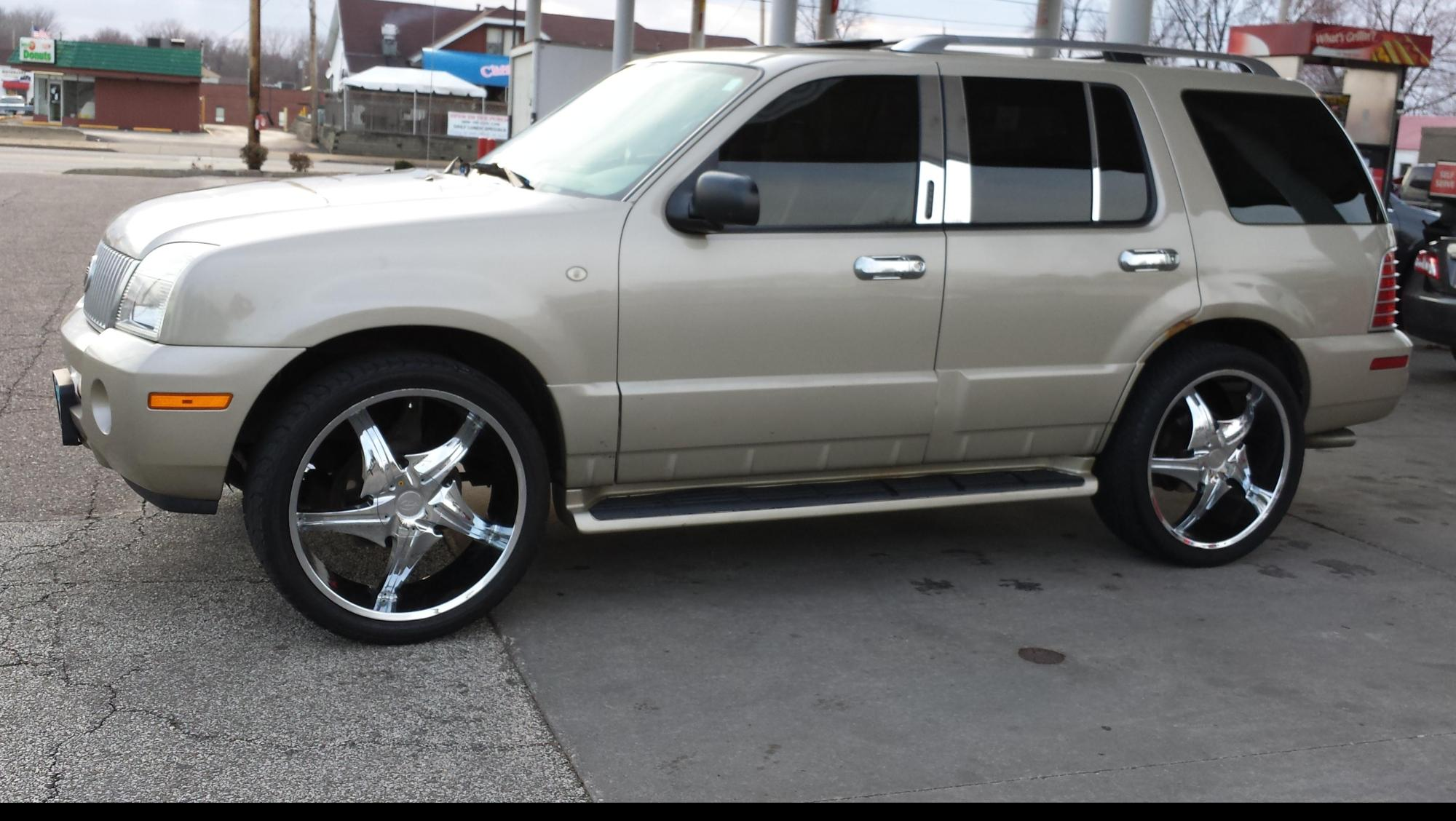 hight resolution of neish1014 2004 mercury mountaineer
