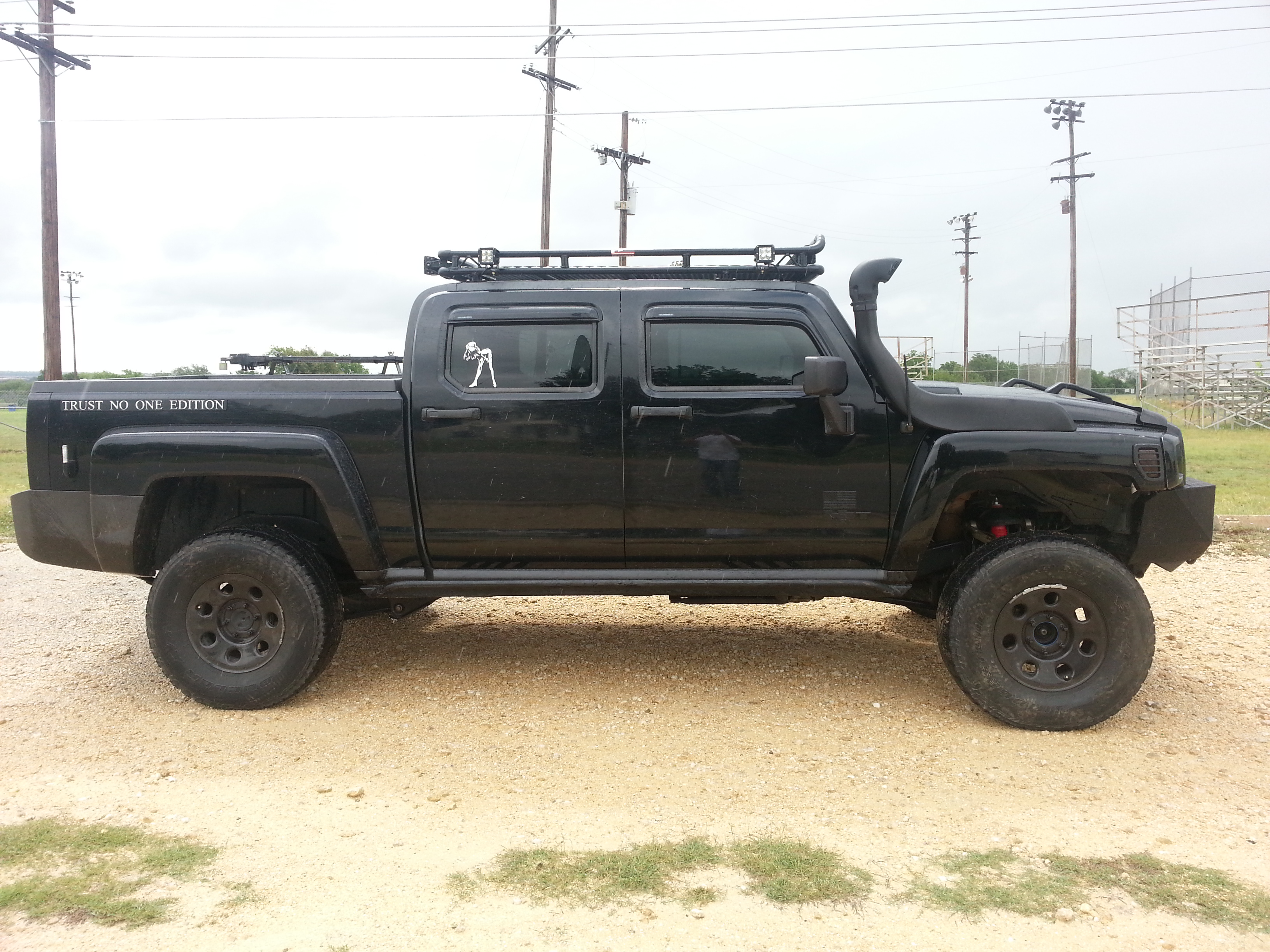 Hummer H3T with a snorkel Wheels US Hummer