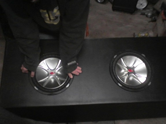 Kicker Cvr 15 Inch Subwoofer In Box In Addition Kicker Cvr 12 Wiring