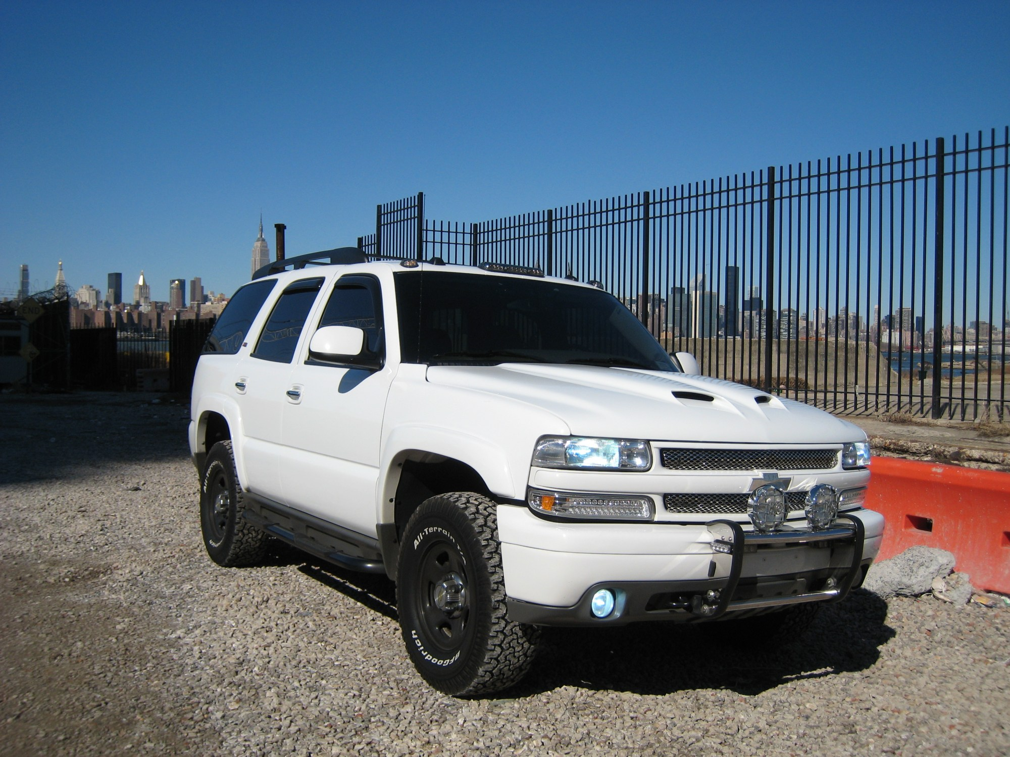 hight resolution of 09z71hoe 2005 chevrolet tahoe specs photos modification info at 2005 chevy suburban front bumper diagram car tuning