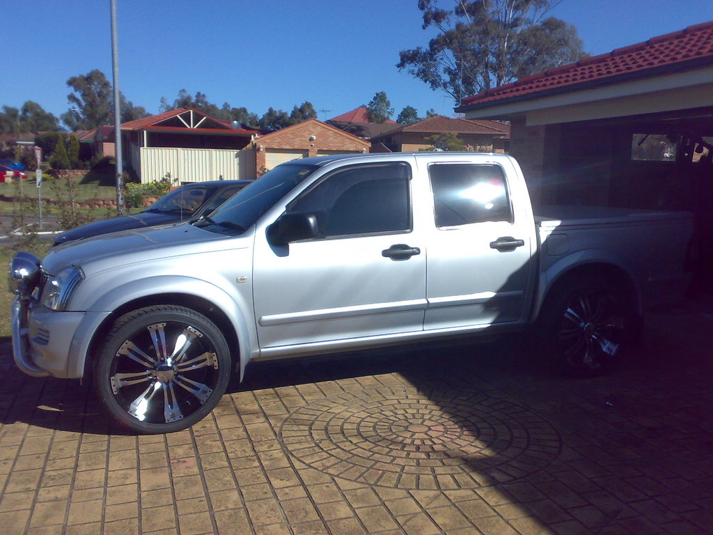 hight resolution of  dreamte 2005 holden rodeo 30974500002 large