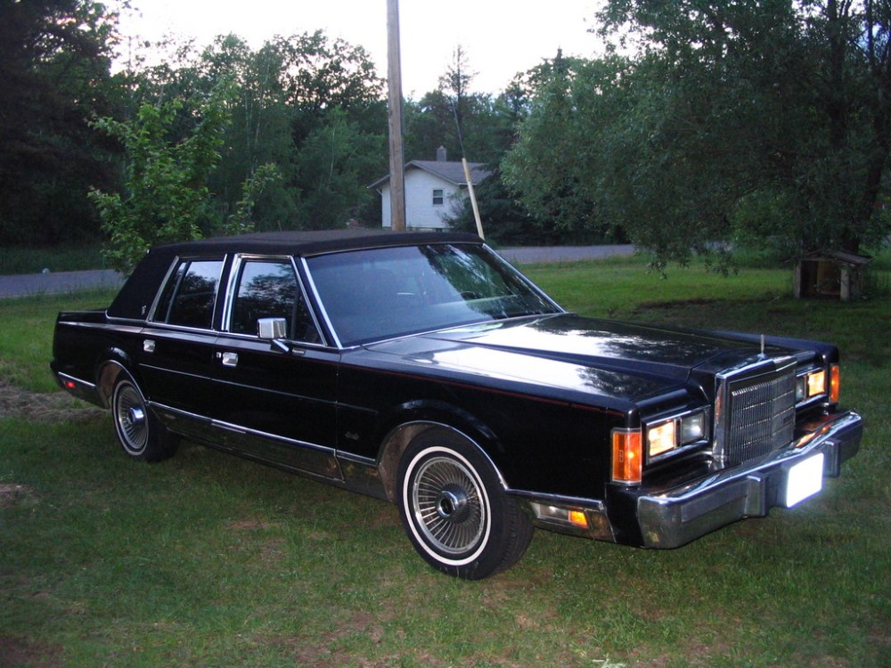 medium resolution of chicitylincoln 1989 lincoln town car 31376040001 large