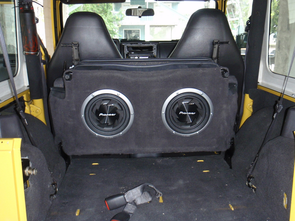 small resolution of 2001 jeep wrangler subwoofer wiring
