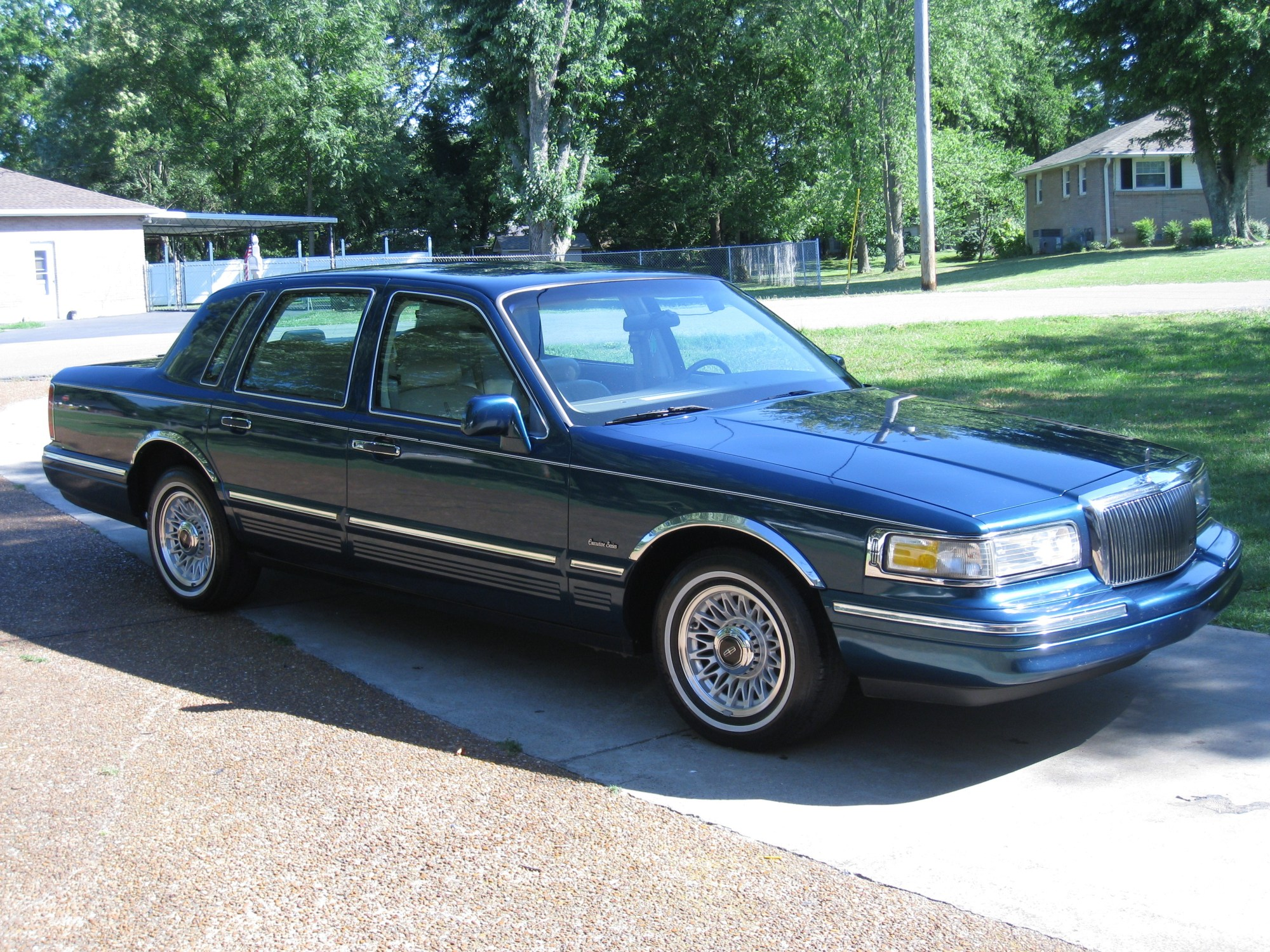 hight resolution of 90lincolntc 1997 lincoln town car 32820470013 original 90lincolntc 1997 lincoln town car 32820470014 original
