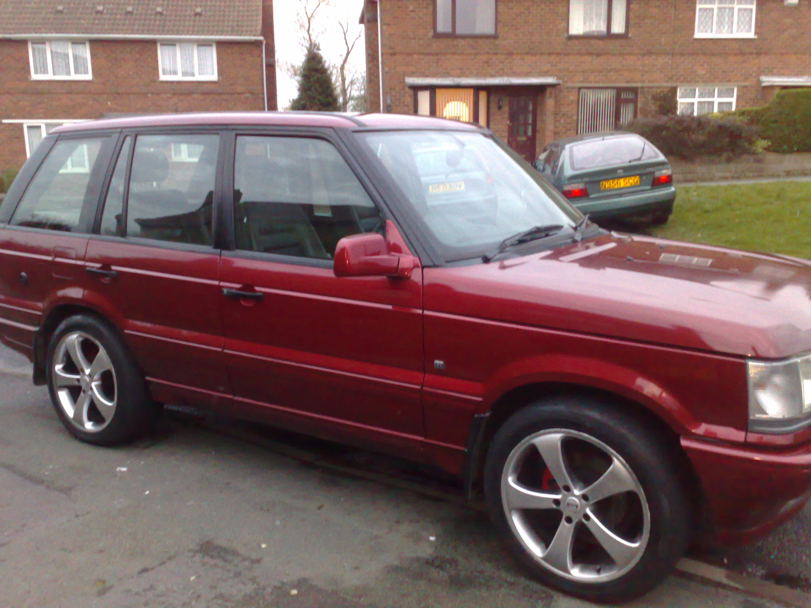 1997 Land Rover Range Rover 4 0 SE Sport Utility 4D Page 2 View