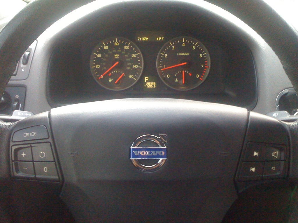 hight resolution of ironman s40 2006 volvo s4033616670007 large