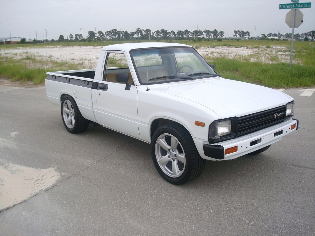 hight resolution of themercgrp 1983 toyota hilux