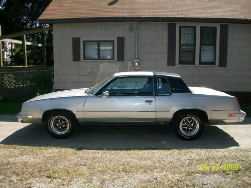 small resolution of motordrunk 1981 oldsmobile cutlass supreme 33787740006 large motordrunk 1981 oldsmobile cutlass supreme 33787740002 large