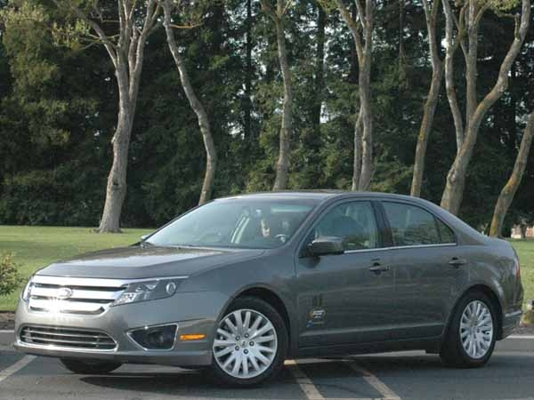 2010 ford fusion hybrid racer boy review - speed:sport:life