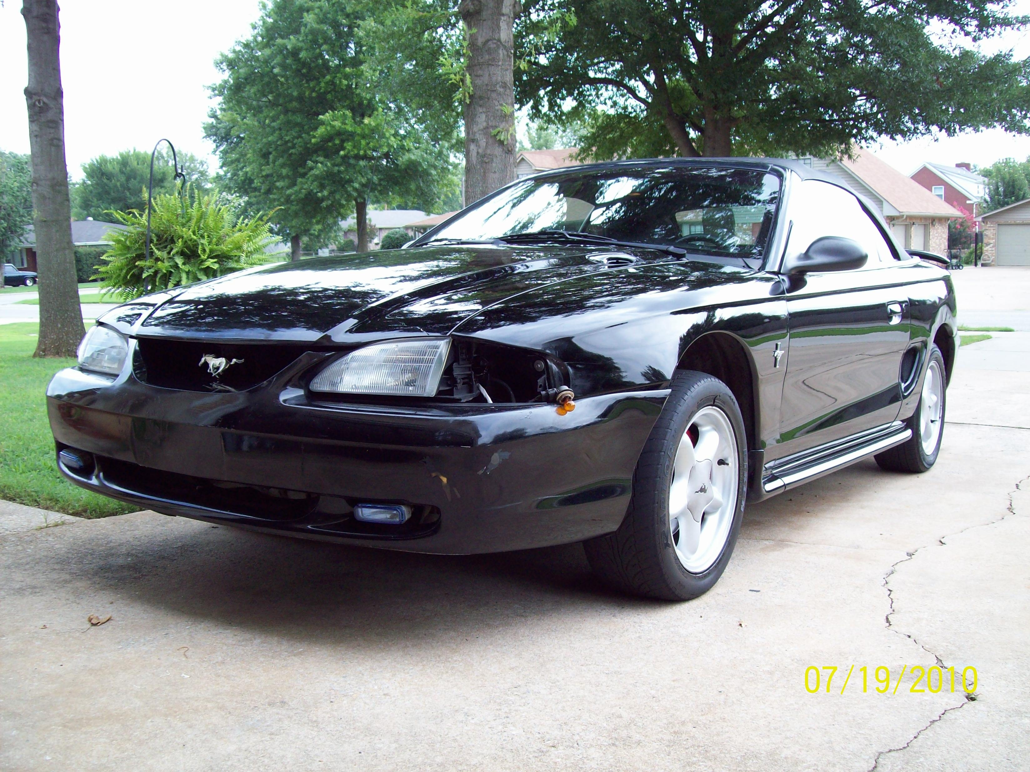 Toybox91 1998 Ford Mustangconvertible 2d Specs