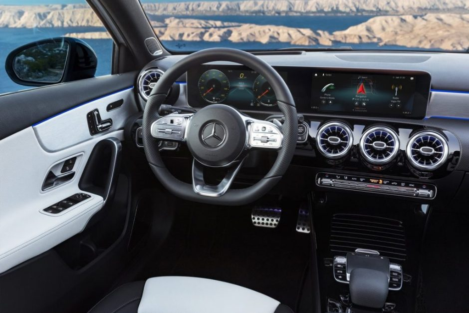 2018 Mercedes-Benz A-Class Will Feature Wireless Apple
