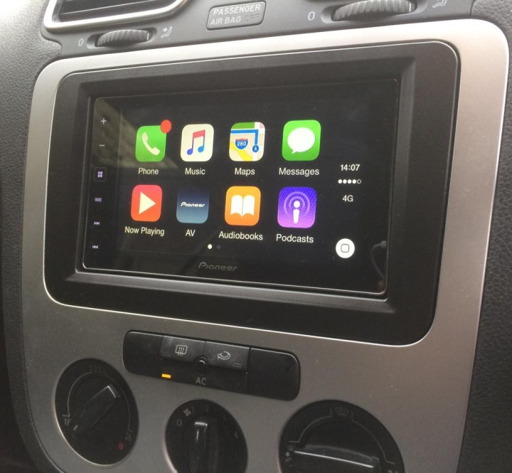 Vauxhall Eos CarPlay