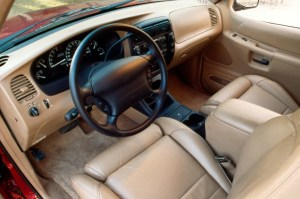 199105 Ford Explorersport Tracsport | Consumer Guide Auto intended for 2000 Ford Explorer