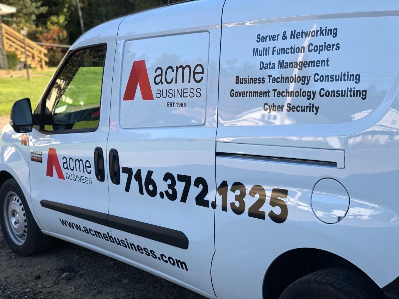 Custom Vinyl Graphics For Your Company or Personal Vehicle in Olean, NY.