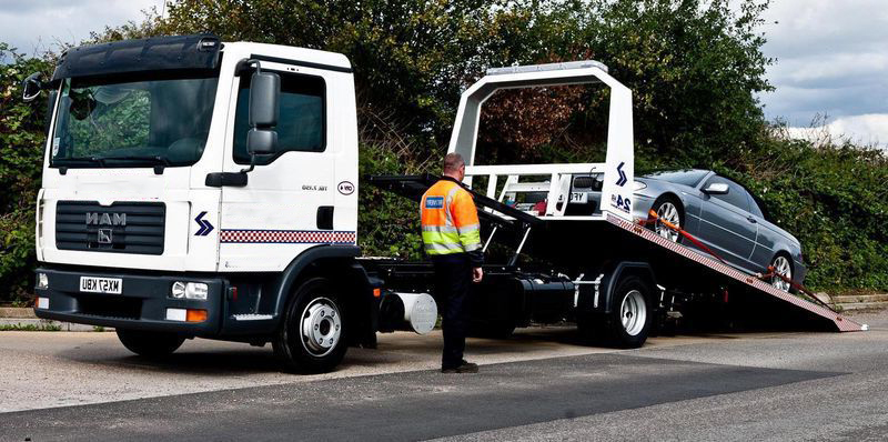11 car recovery truck for roadside assistance