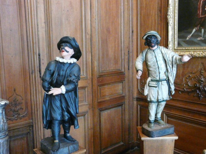The Doctor and Brighella Statues Statues, Musée Carnavalet in the heart of Le Marais