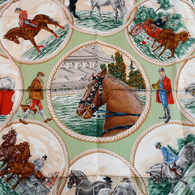 Auteuil en Mai HERMES Close Up