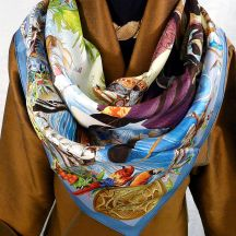 Les Ameriques HERMES Silk Scarf Paired with Gold Silk Jacket