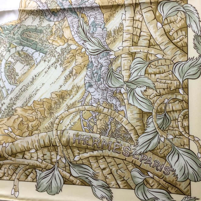 Fantaisie Pittoresque HERMES Silk Scarf_-8