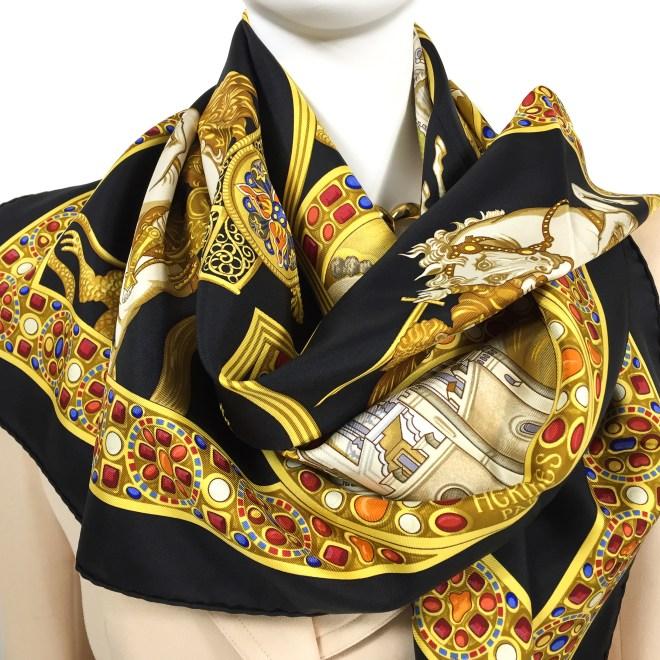 Hermes Le Triomphe du Paladin Silk Scarf_-14