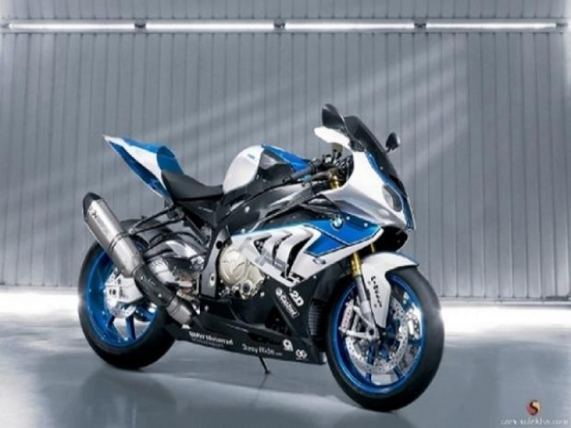 Latest New Car 2016 Bmw Hp4 The Lightest 1000cc Supersports Bike Sulekha Cars News