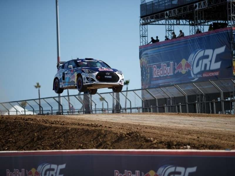 LeftLaneNews 2015 Hyundai Veloster Backed Growing Rally Success Autotel