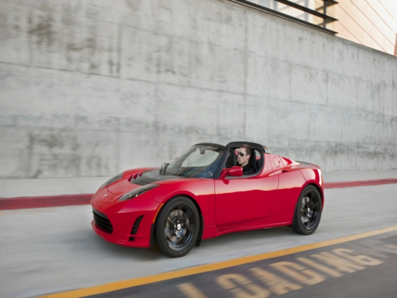 Tesla Roadster Next Tesla Roadster Coming In 4 Years Will Go Plaid Autoblog