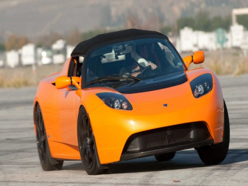 Tesla Roadster Tesla Roadster May Get 400 Mile Battery Upgrade