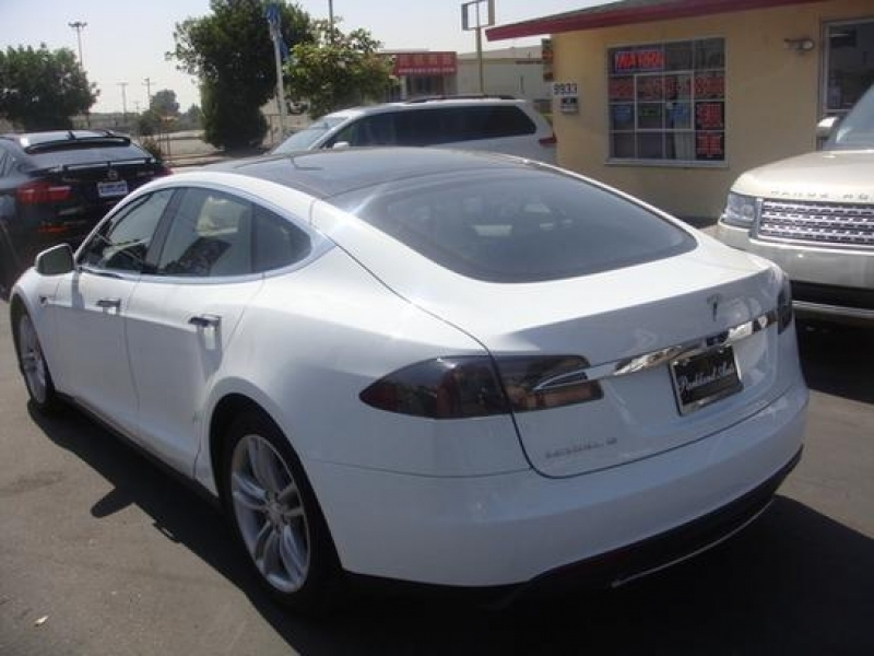 Tesla Used Car Sales Tesla Used Car Sales Editorial Why Tesla Needs To Sell Cars