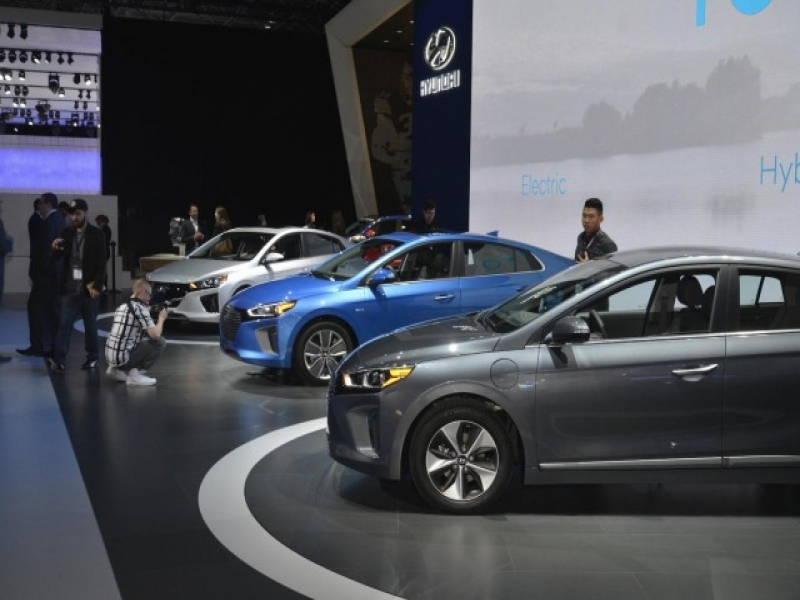 Upcoming New Autos Four New Or Updated Electric Cars Coming For 2017