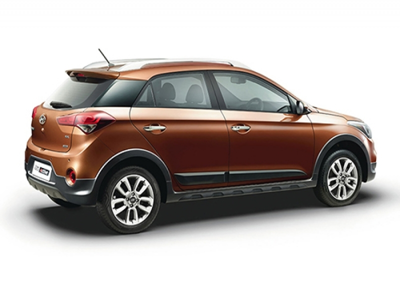 Best I20 Active Vs Baleno Price Compare Hyundai I20 Active Vs Maruti Baleno Which Is Better