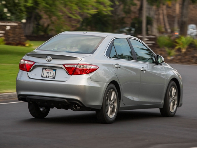 Latest 2017 Toyota Cars Price 2017 Toyota Camry Adds Some Stuff But Not Price News Car And