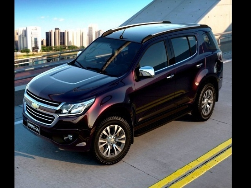 Latest 8 Seater Cars In India Price Upcoming 7 Seater Family Cars In India Oncarsin