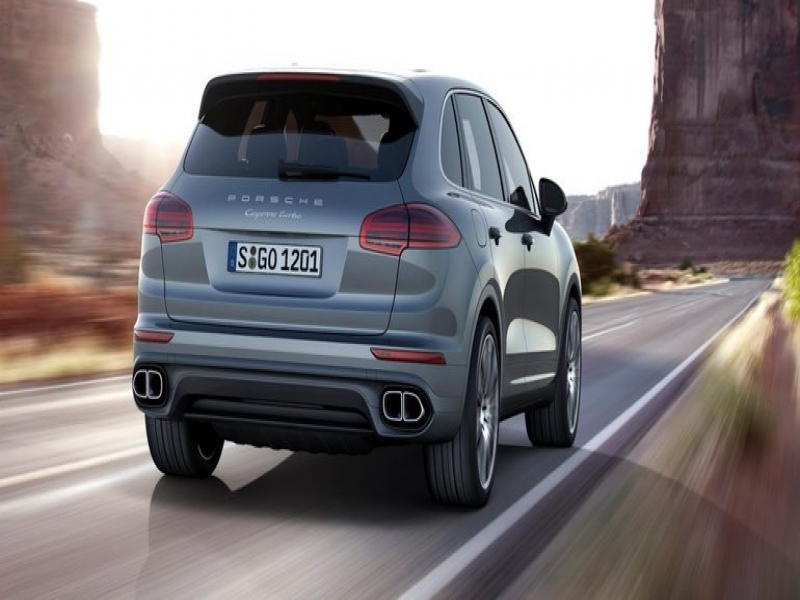 Porsche Cayenne 7 Seater Price 2017 Porsche Cayenne Pricing And Specifications More Standard Kit