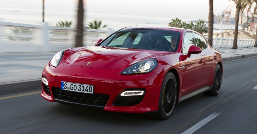 Performance. Sedan. The 2015 Porsche Panamera.