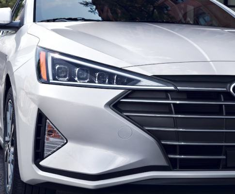 Which Hyundai Elantra Should You Drive