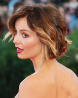 Violante-Placido-Short-Curly-Hairstyle-for-Summer