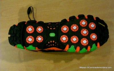 """Adidas Trail: Adistar Raven con taqueado """"Adaptative traxion"""""""